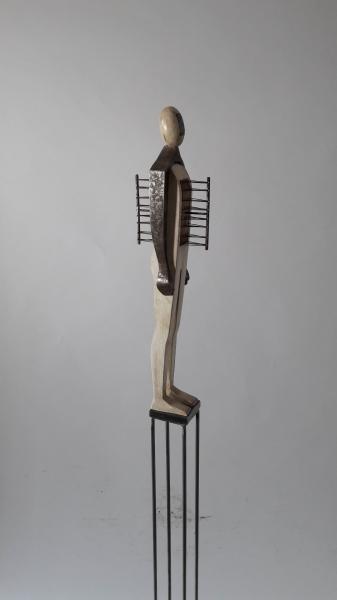 Escultura fusta i ferro_3